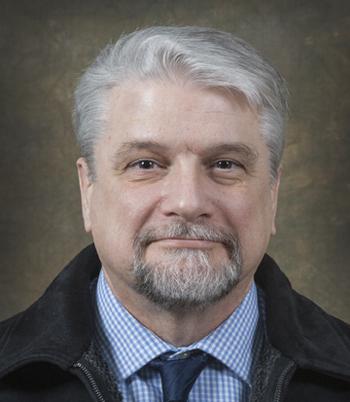 Robert Akins