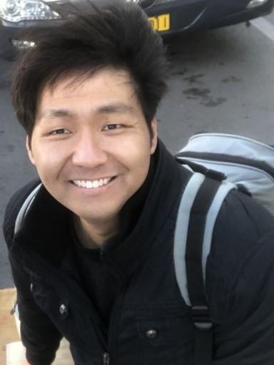 Zhizhong Han